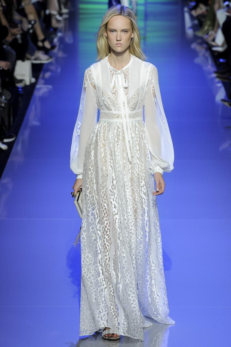 Длинное белое платье 2016 в старинном стиле – фото новинки от Elie Saab