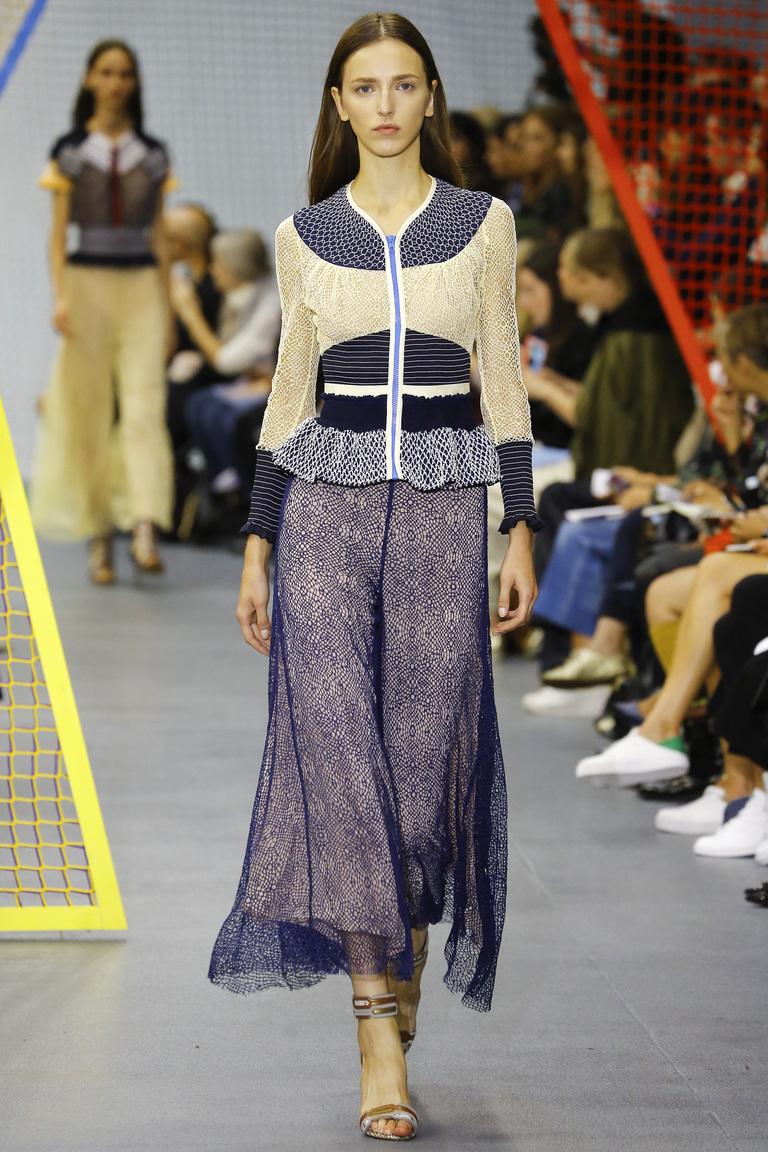Модный свитер 2016 на молнии с геометрическим узором – фото коллекции Peter Pilotto