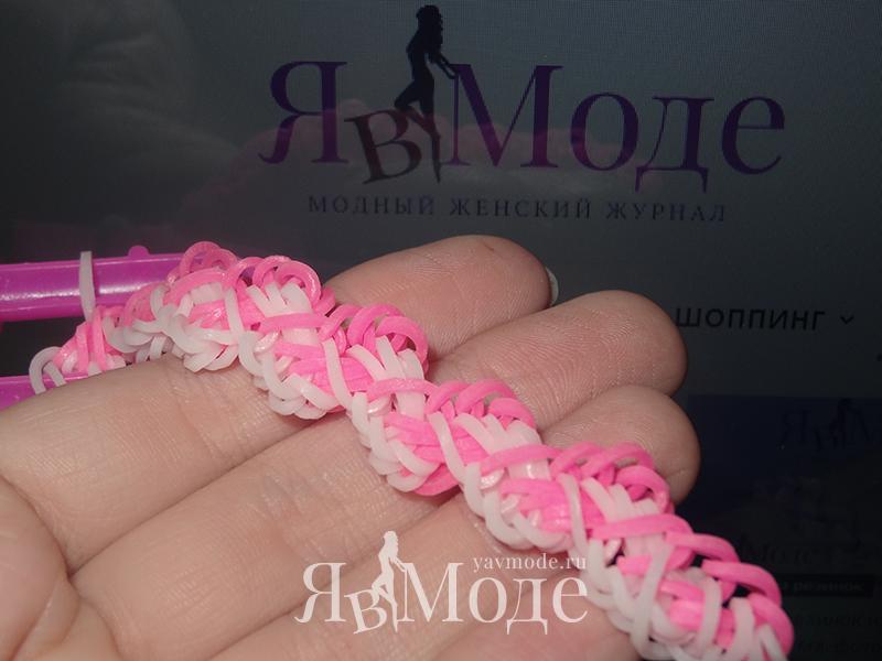 Плетение браслета из резинок Лавровый лист