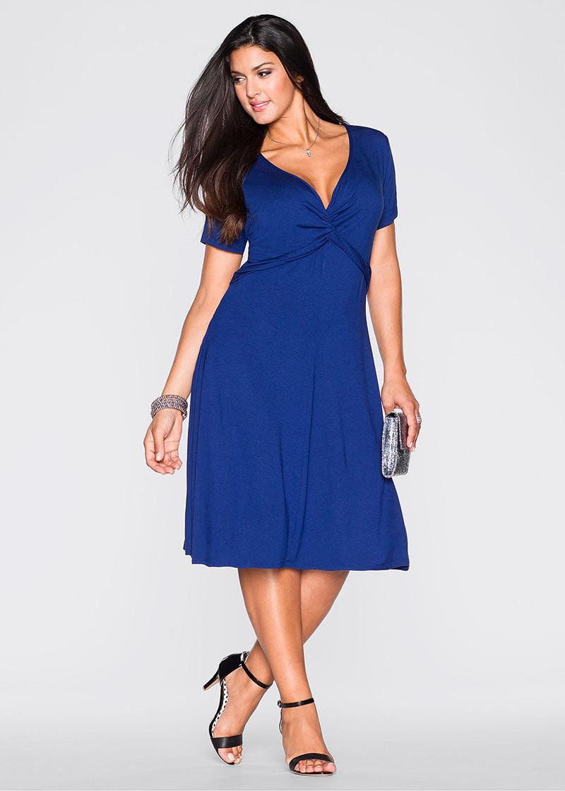 Синее платье больших размеров