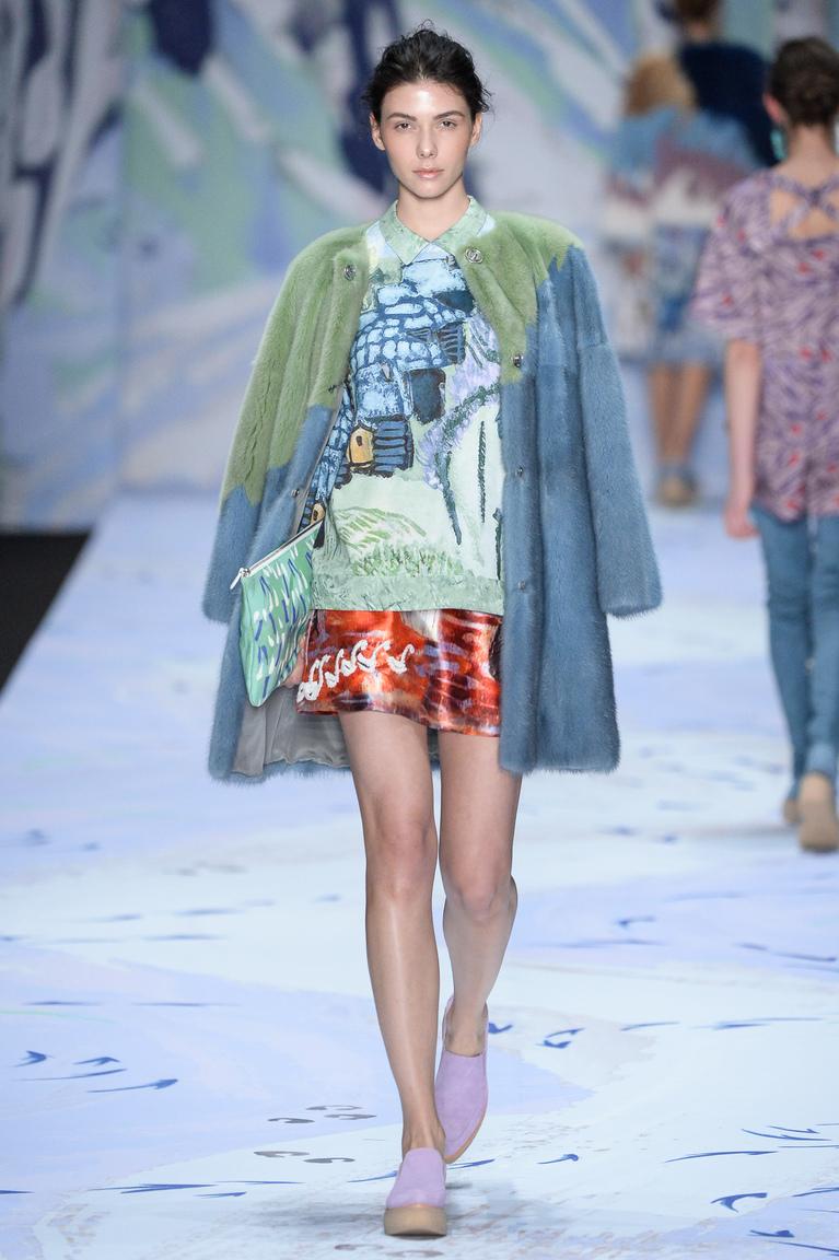 Модная цветная шуба 2016 - фото новинка от Alena Akhmadullina