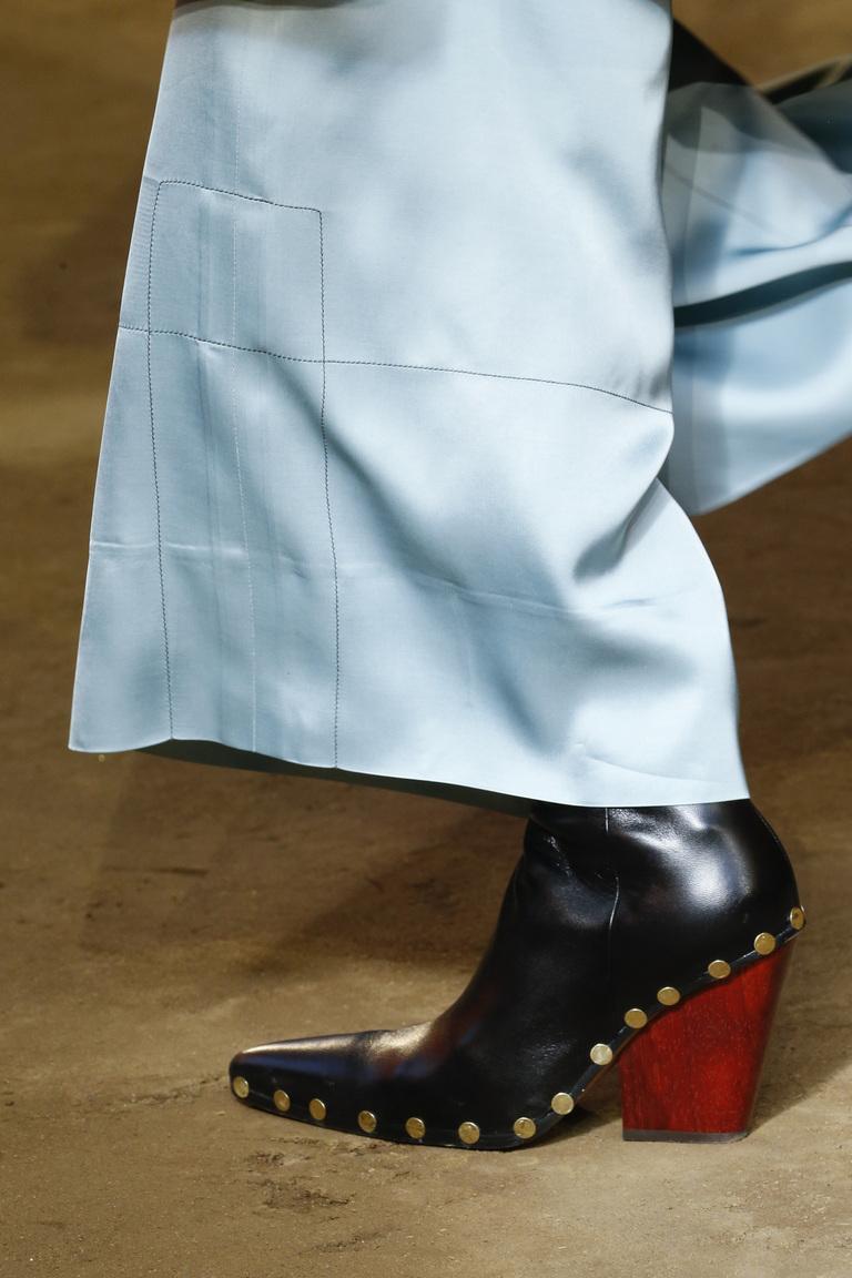 Женская осенняя обувь, модная в 2016 году – фото новинка от Céline