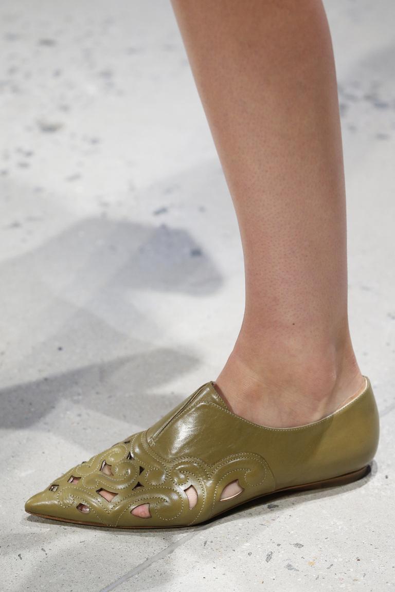 Зеленые балетки – фото модной обуви 2016 от Derek Lam