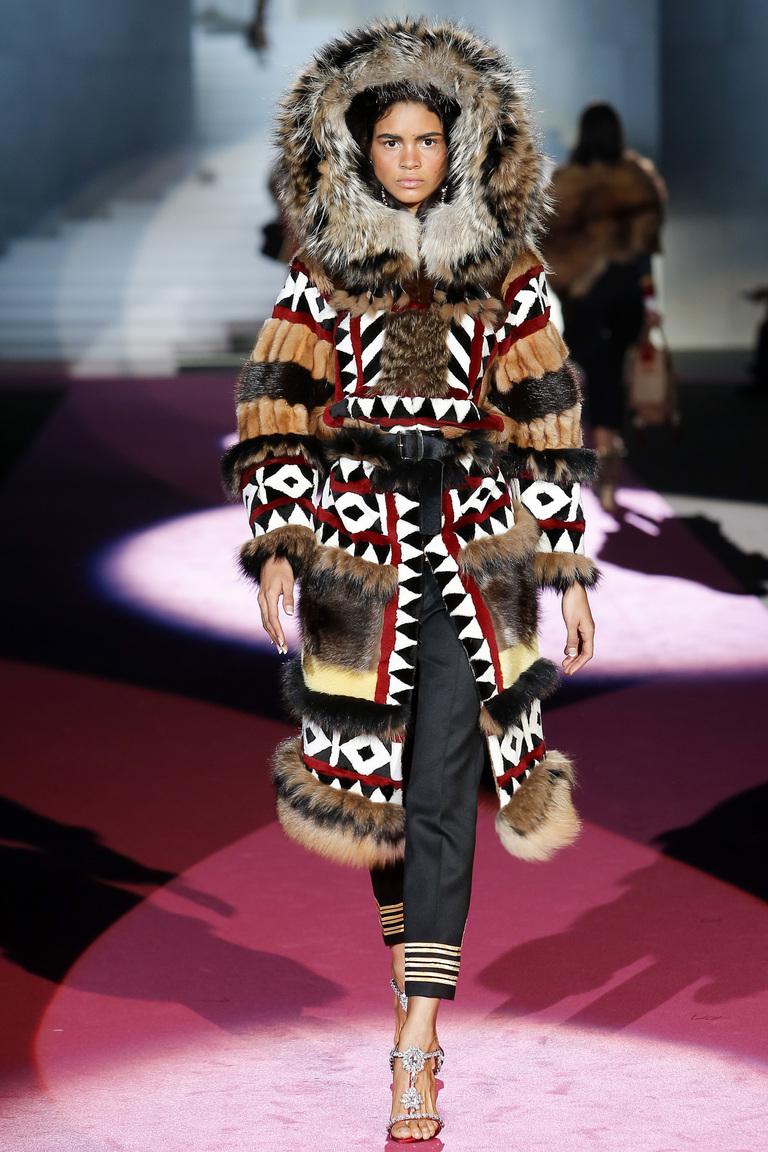 Модная шуба 2016 с узорами – фото новинка от Dsquared²