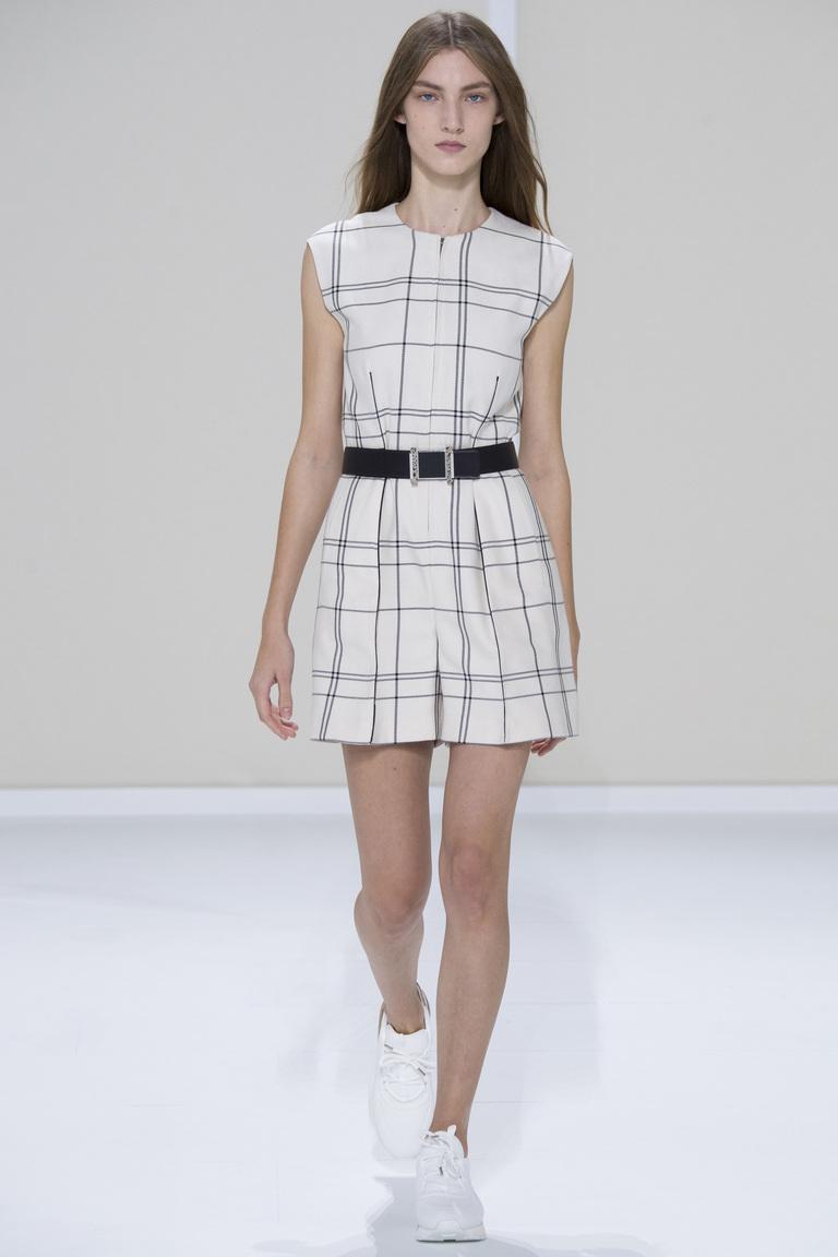 Белое модное платье в клетку 2016 – фото новинка в коллекции Hermès