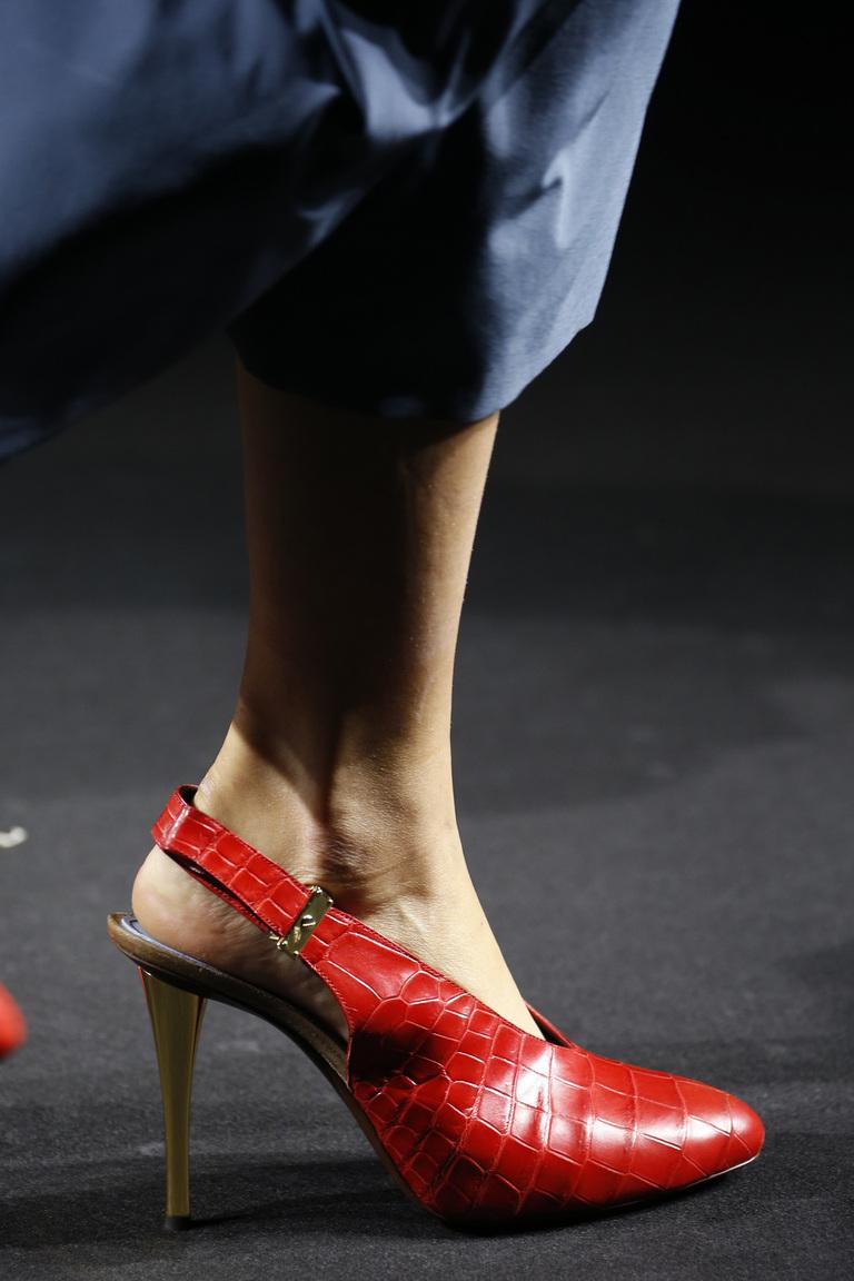 Модные красные босоножки – новинка 2016 года в коллекции Lanvin