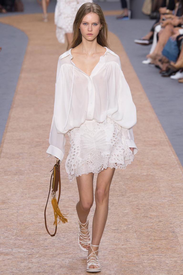 Белая модная блузка 2016 свободного фасона – фото новинка от Chloé