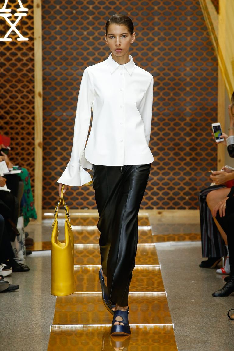 Белая модная блузка 2016 – фото новинка в коллекции Sportmax