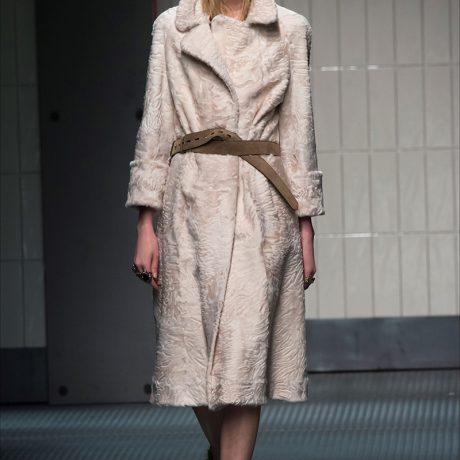 Длинное пальто: 34 стильных образов