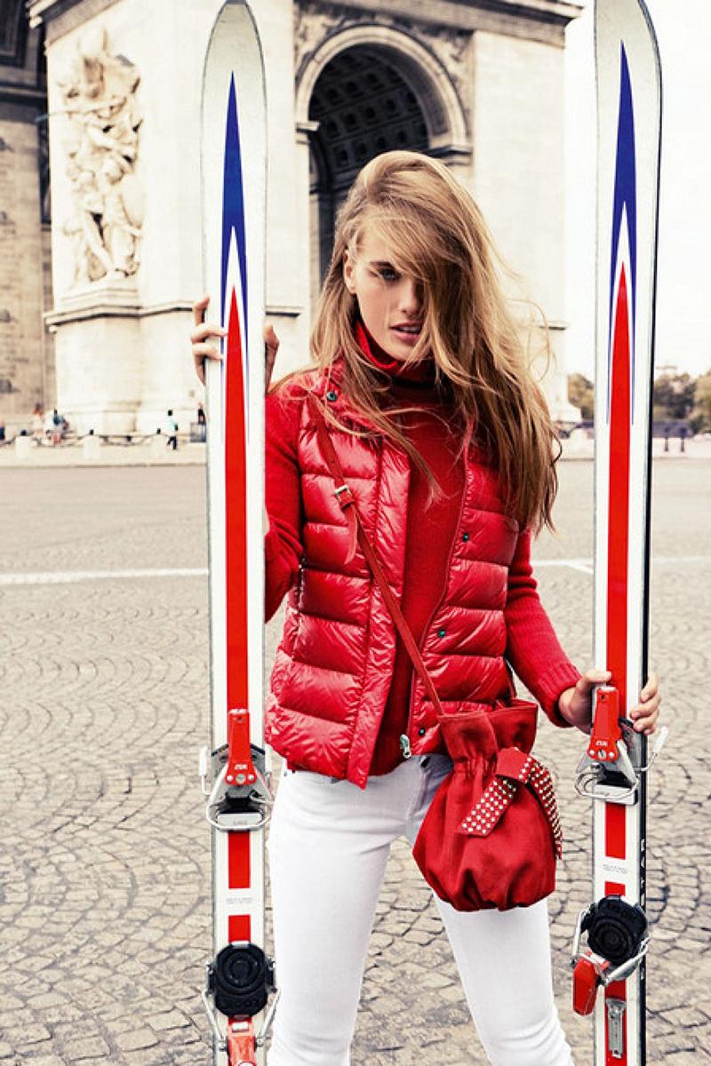 Красный модный женский пуховик