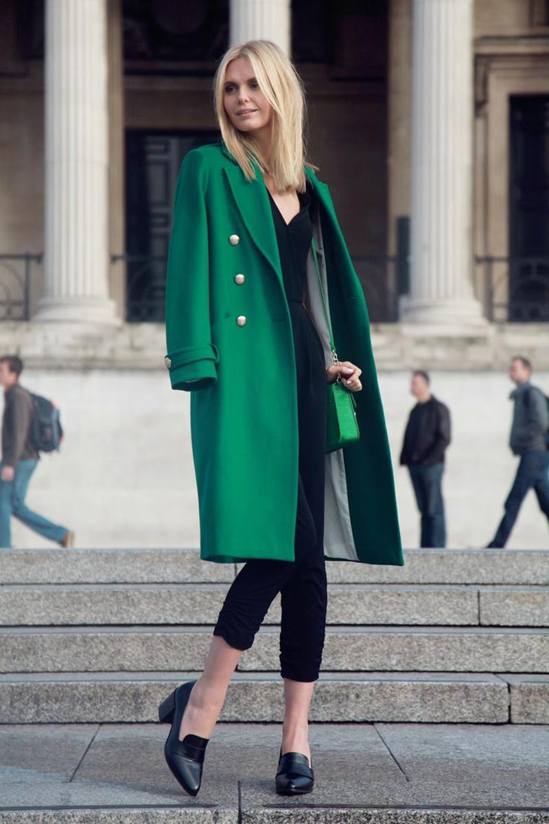 Зеленое женское пальто – фото новинка сезона