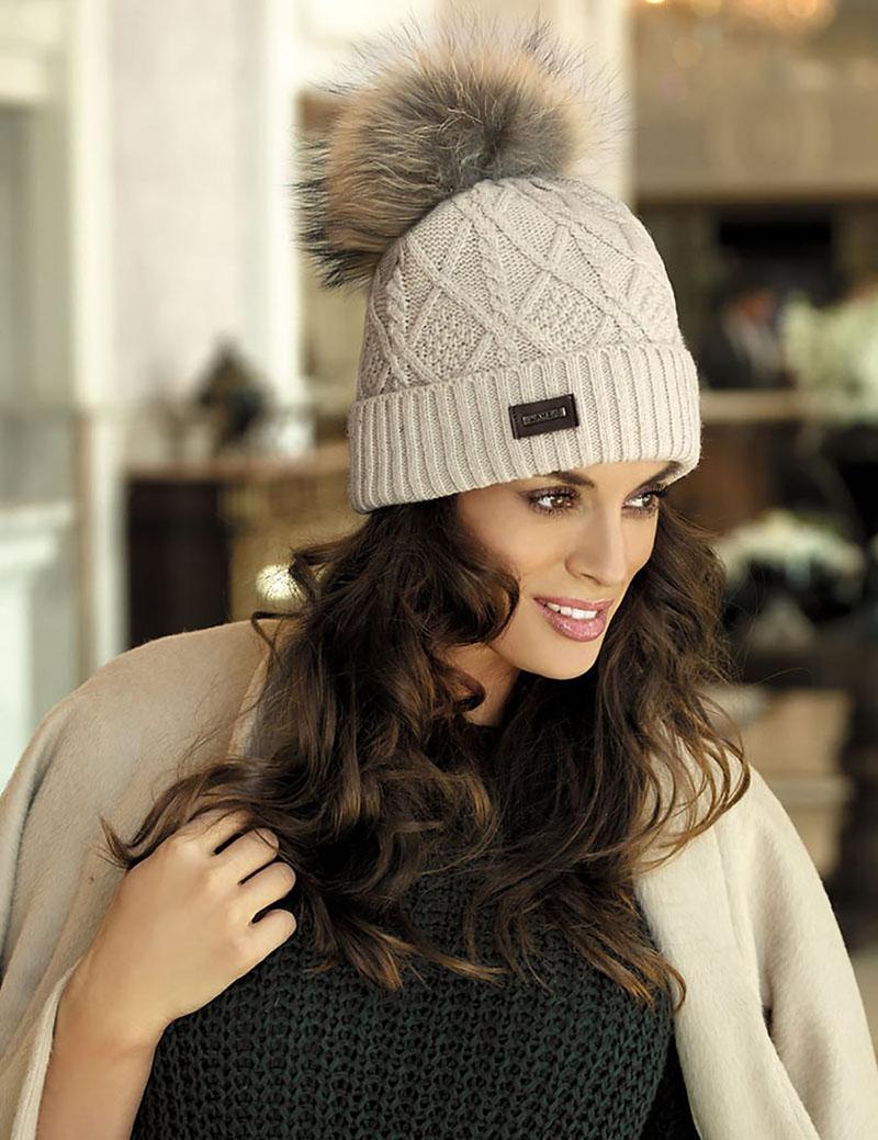 Модная вязаная шапка 2016 – фото новинки сезона
