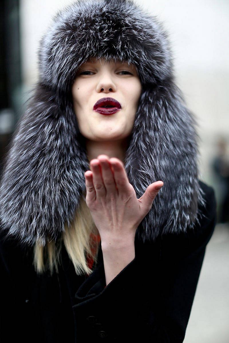 Модная меховая шапка 2016 – фото новинки