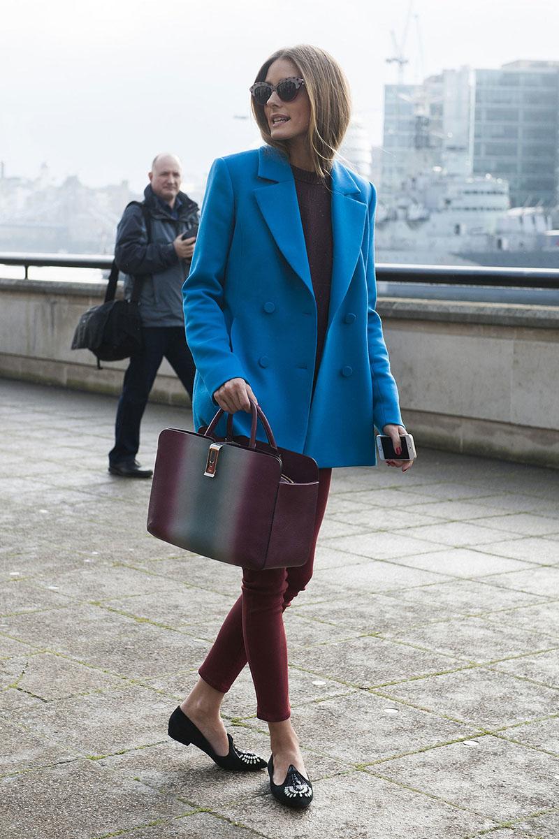 Синее модное пальто – фото, с чем носить