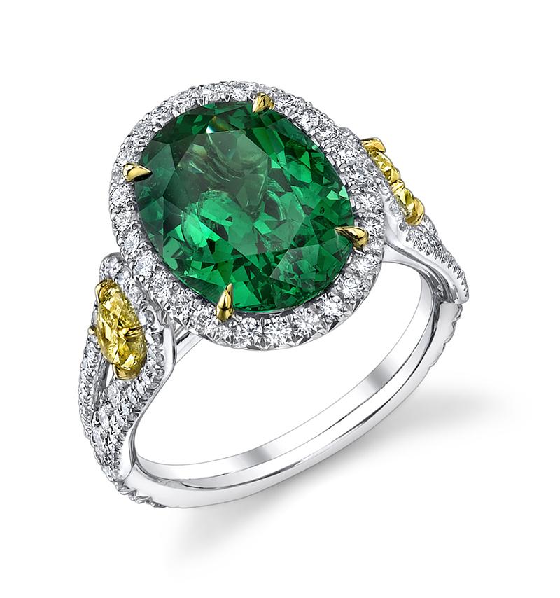 Кольцо с зеленым гранатом фото