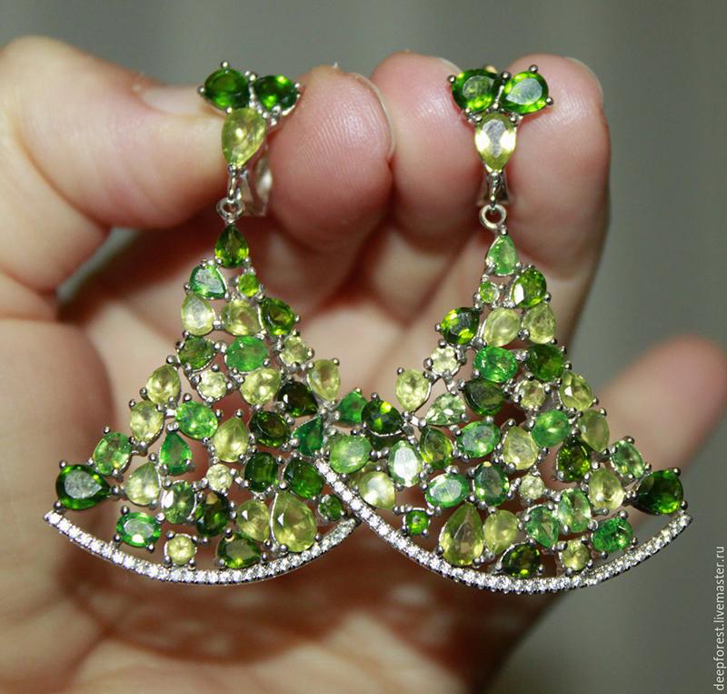 Сережки зеленый гранат фото