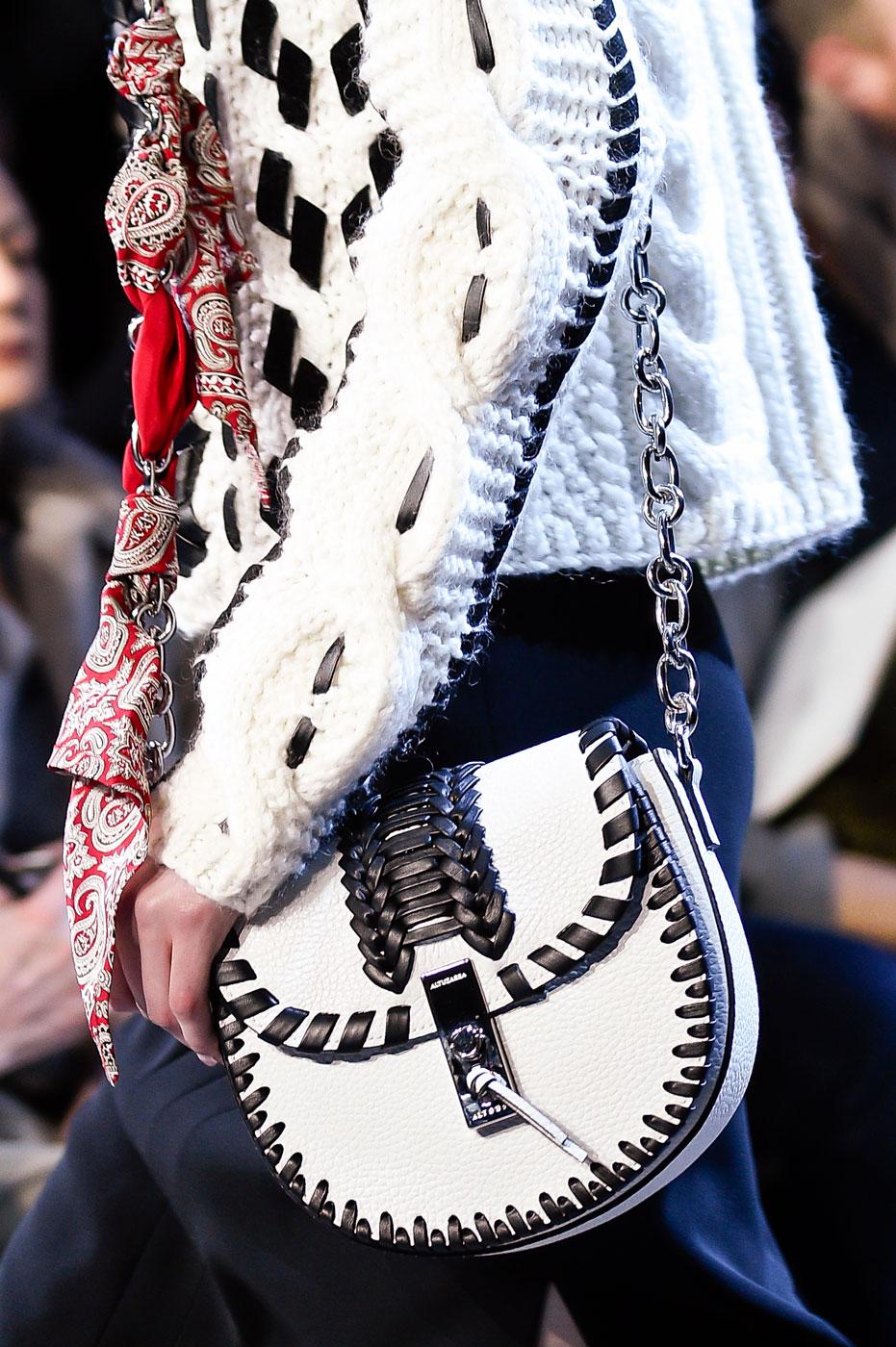 Маленькая красивая сумочка от Altuzarra