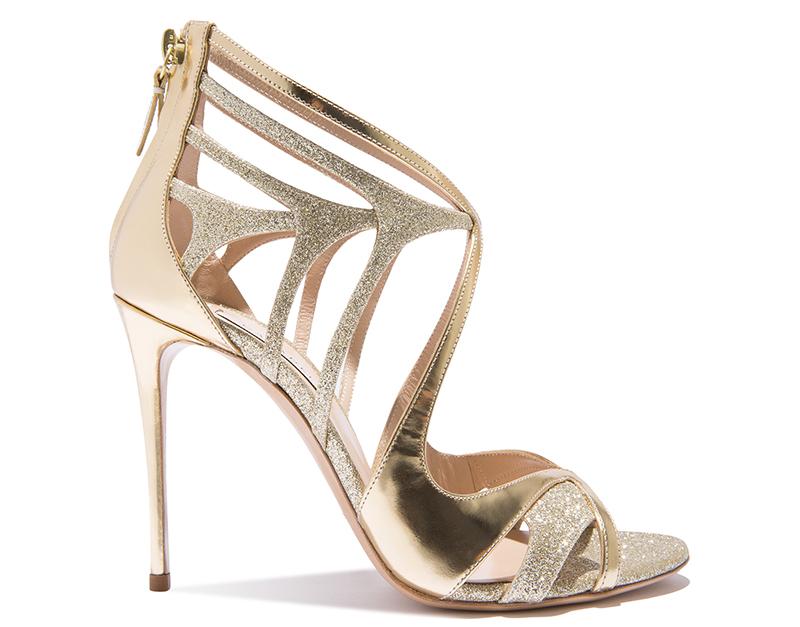 Золото – любимый цвет бренда Casadei. Фото новинки и тренды в новой коллекции Касадеи
