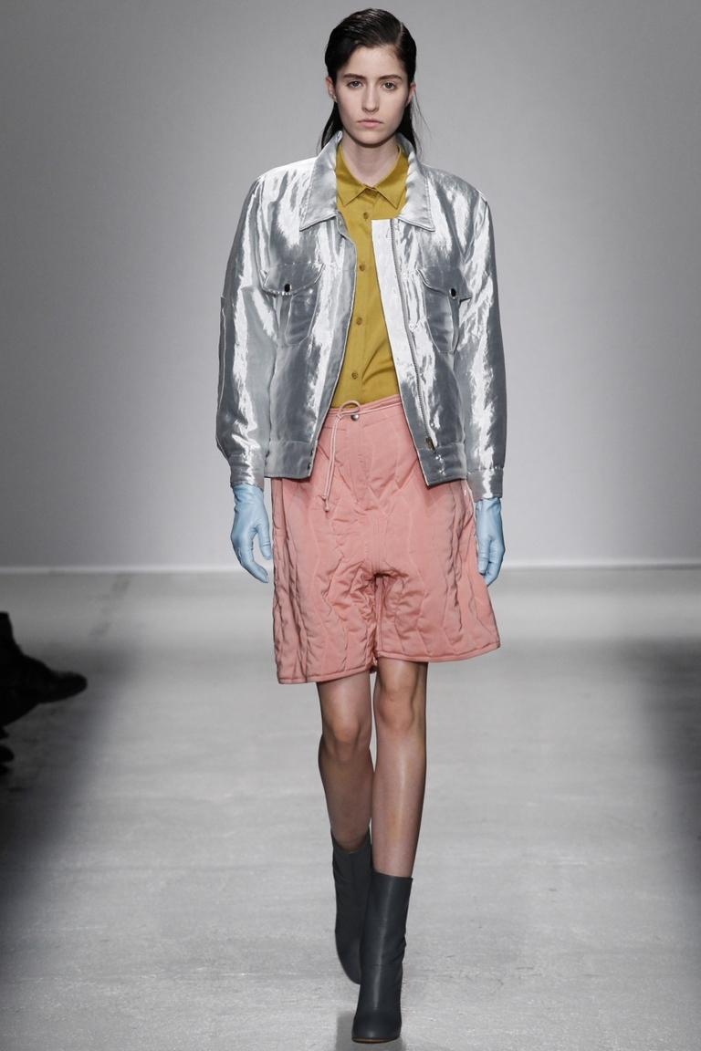 Блестящая модная куртка – Christian Wijnants