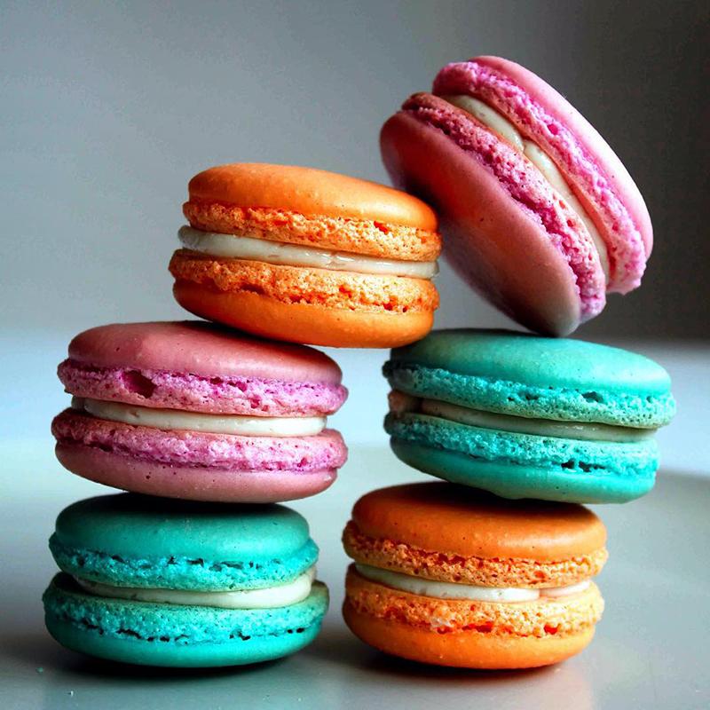 Макарони - вкусное французское пирожное. Учимся делать макарони своими руками.