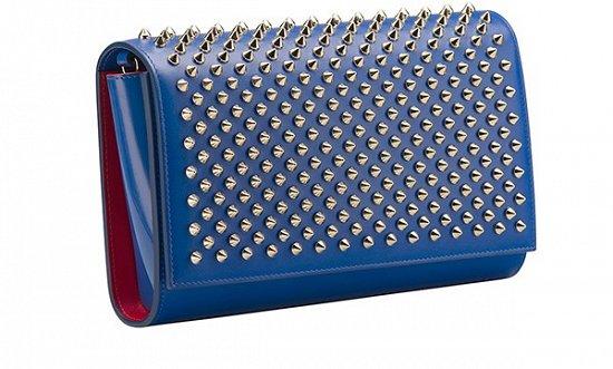 Синяя роскошная сумочка с шипами – фото новинки в коллекции Christian Louboutin весна-лето 2016