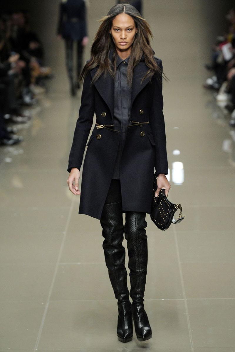 Фото новинки: драповое пальто в стиле милитари