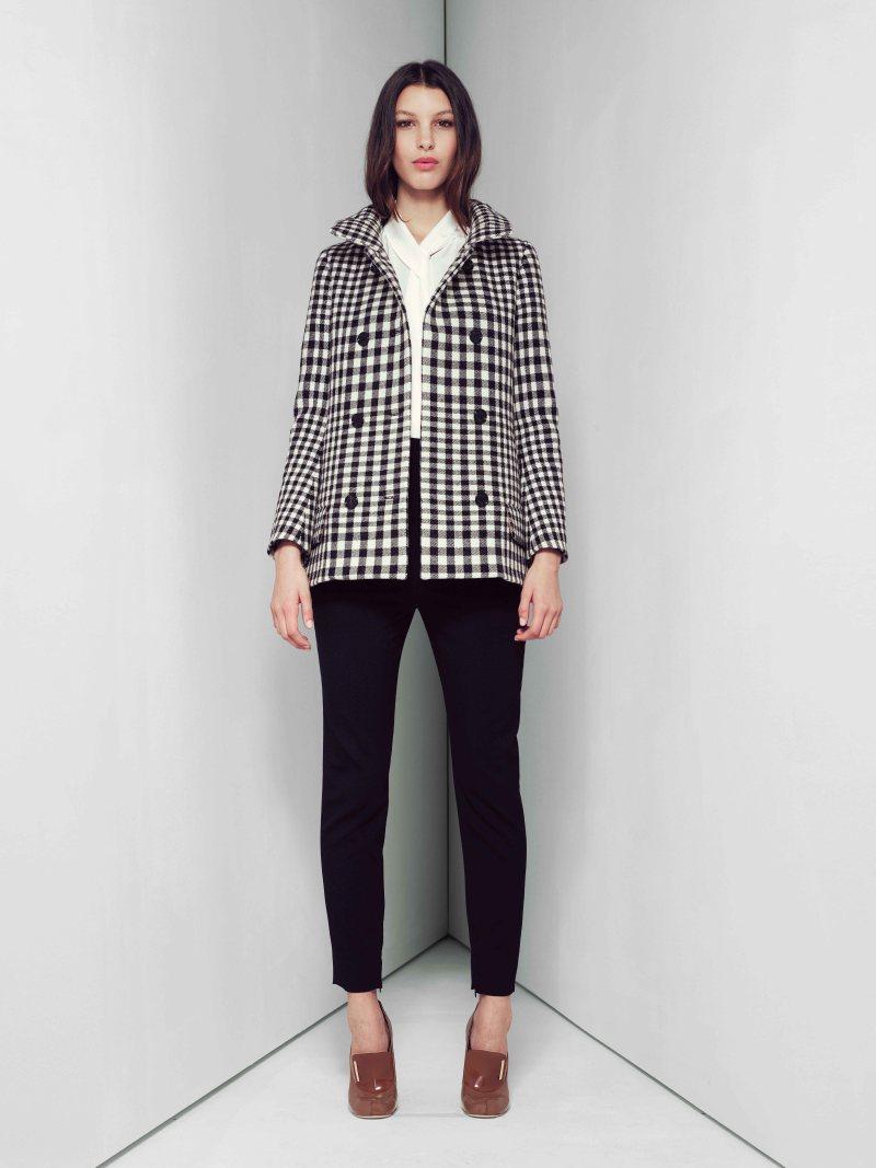 Модное драповое пальто в клетку – фото новинки и тренды сезона
