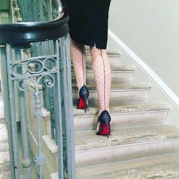 Модные туфли с красной подошвой – фото новинки сезона