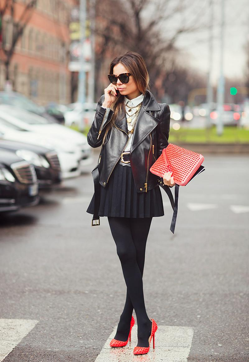 Красные туфли с короткой черной юбкой - фото новинки и тренды сезона