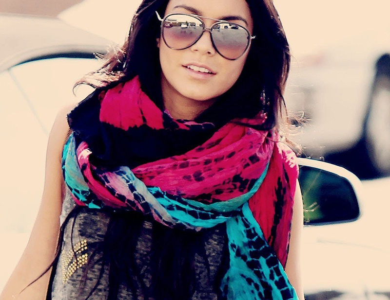 Идеи, как красиво завязать яркий шарф
