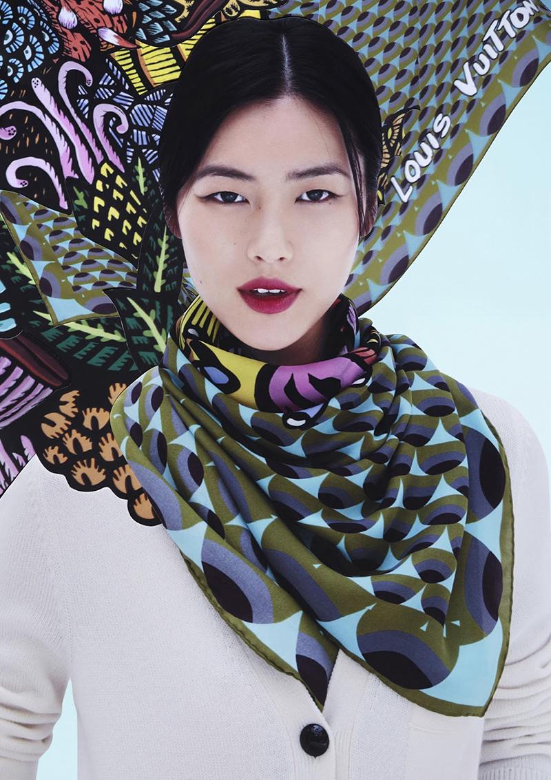 Фото, как красиво завязать шарф-платок на шее