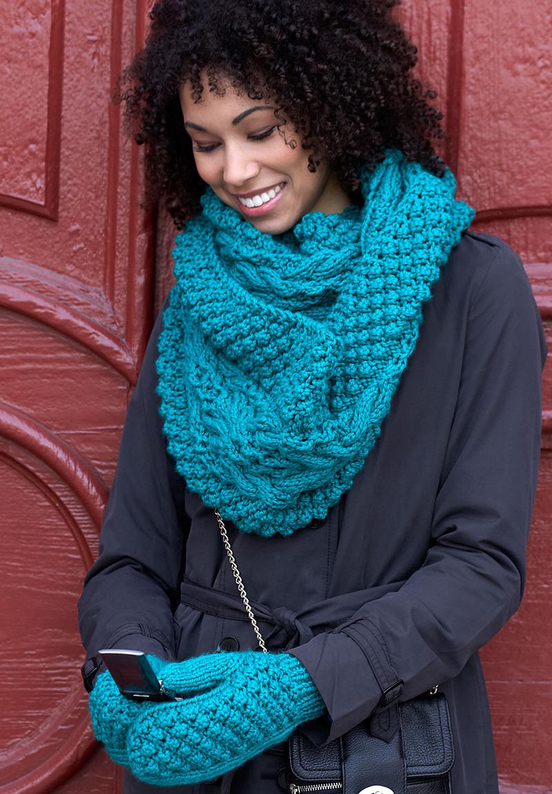 Как красиво носить шарф снуд – фото новинки и тренды сезона
