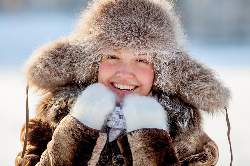 Фото меховой женской шапки ушанки