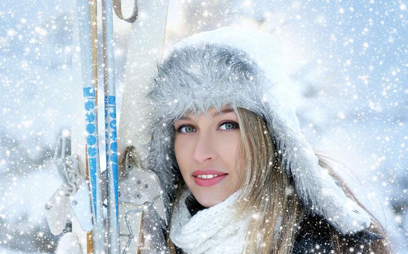 Модная шапка ушанка с меховой отделкой - фото новинки и тренды сезона