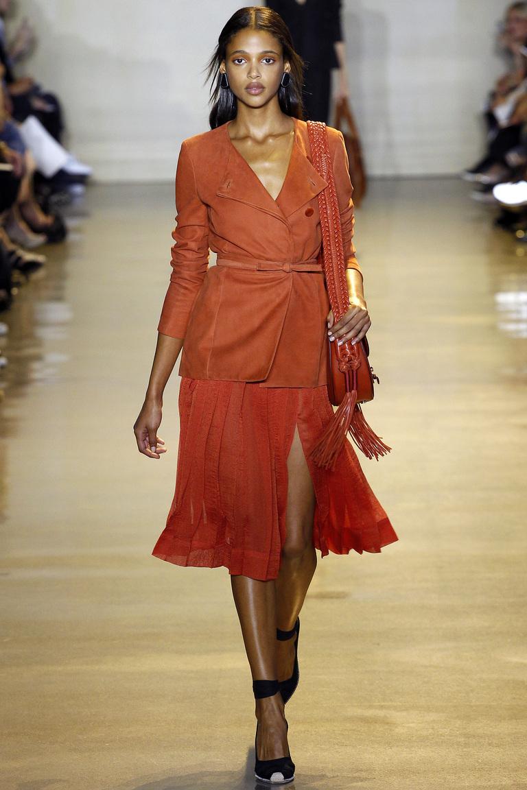 Мода этой весной: яркие сочетания кожи из коллекции Altuzarra.