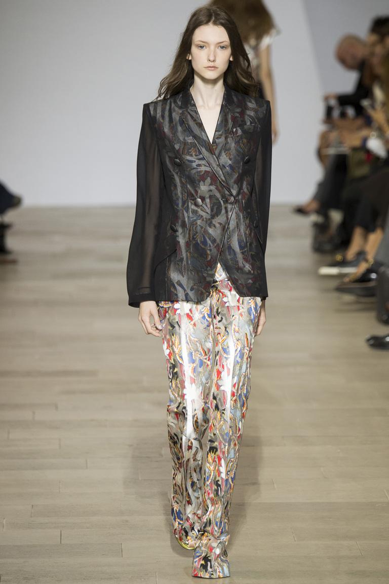 Мода этой весной: яркие сочетания кожи из коллекции Antonio Berardi.
