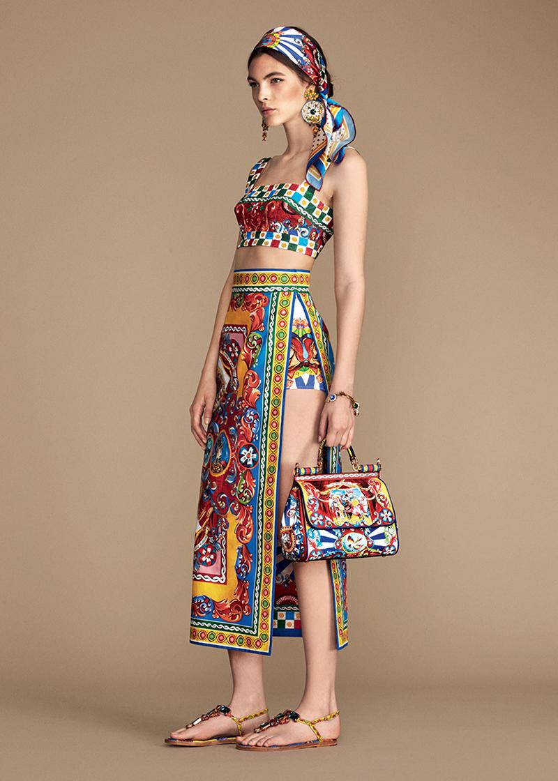 Новый LookBook Dolce & Gabbana с узорами Carretto Siciliano