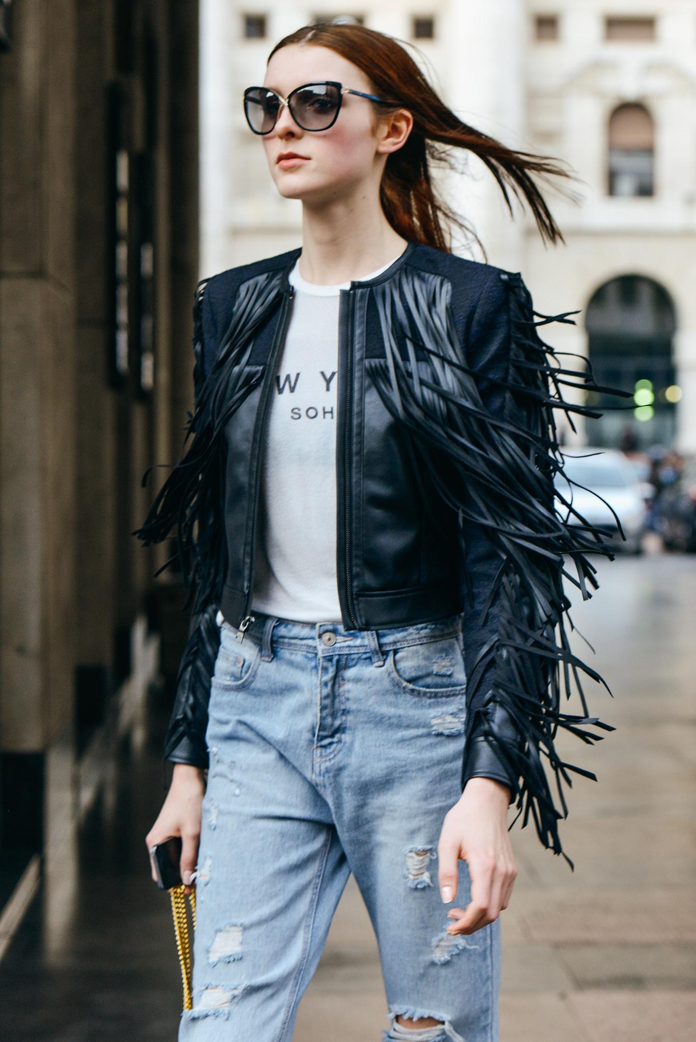 Весенняя куртка, модель 2016 года с бахромой – фото новинки и оригинальные тренды