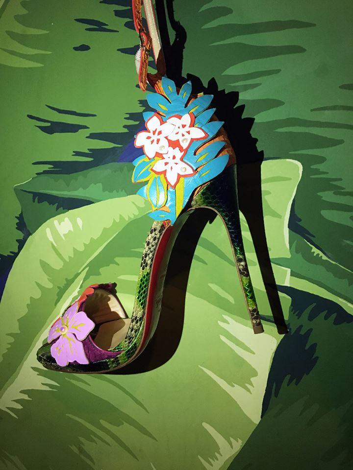 Цветочные мотивы в коллекции обуви лабутенов
