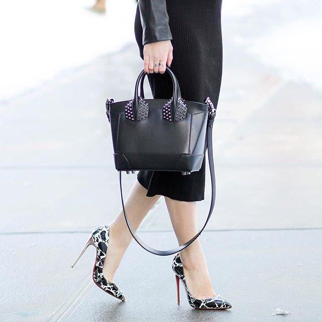 Черно-белые туфли лабутены на высоком каблуке