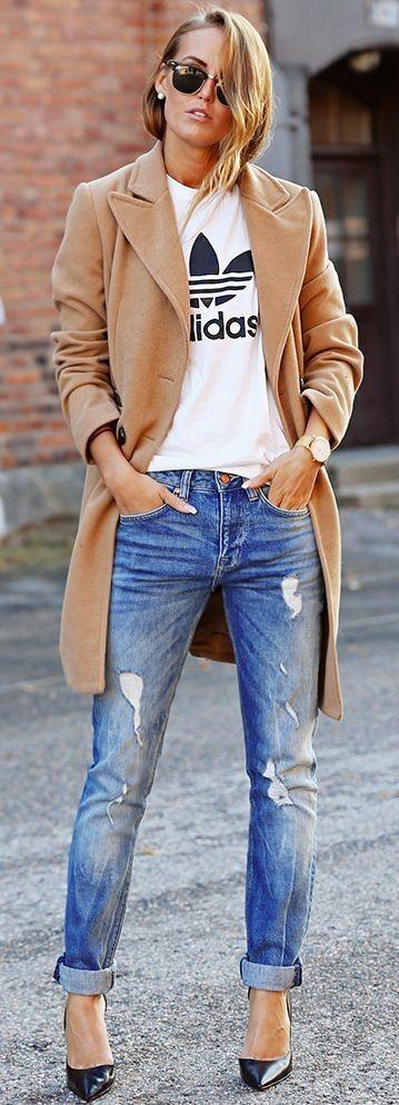 Модное весной 2016 года женское пальто в мужском стиле