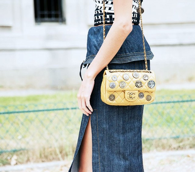 7-handbags-carried-by-the-worlds-most-powerful-women-1013975.640x0c