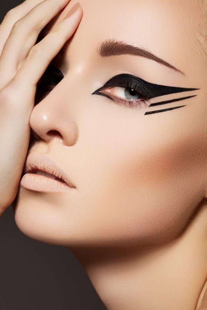 Фото девушек макияж стрелки