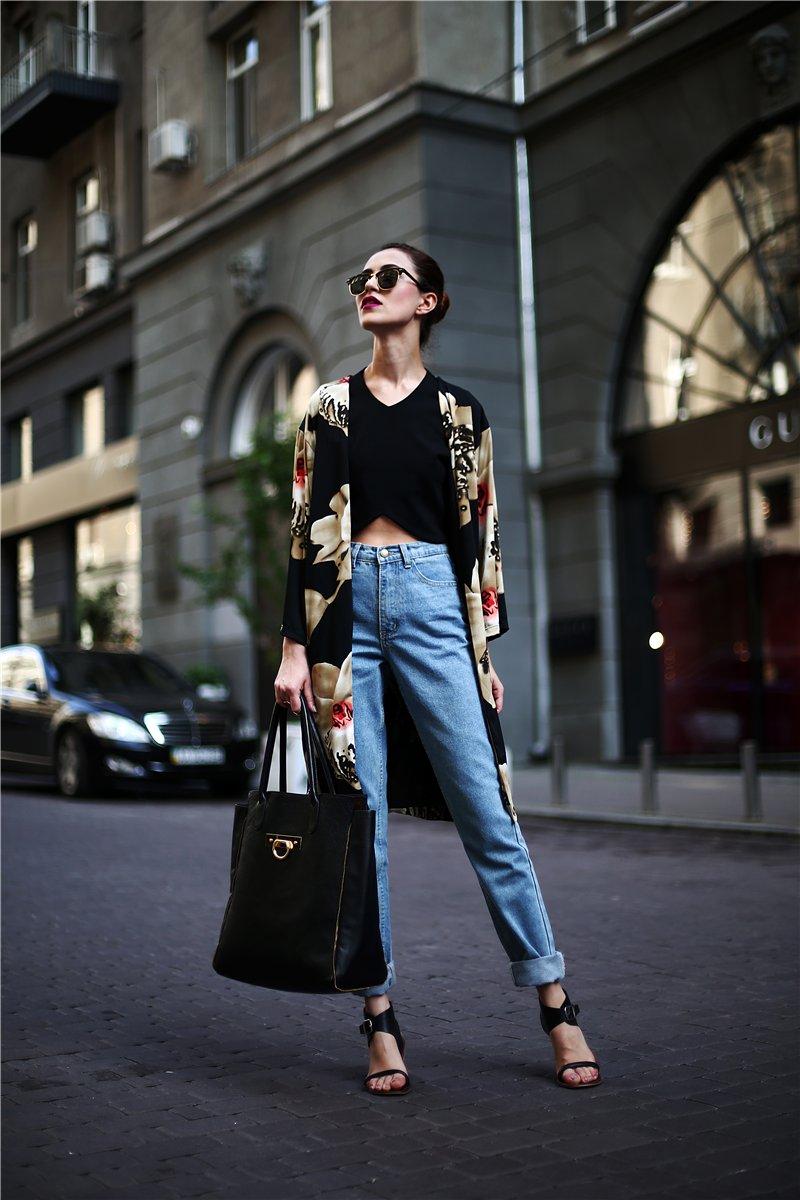 Стиль 90-х: джинсы.