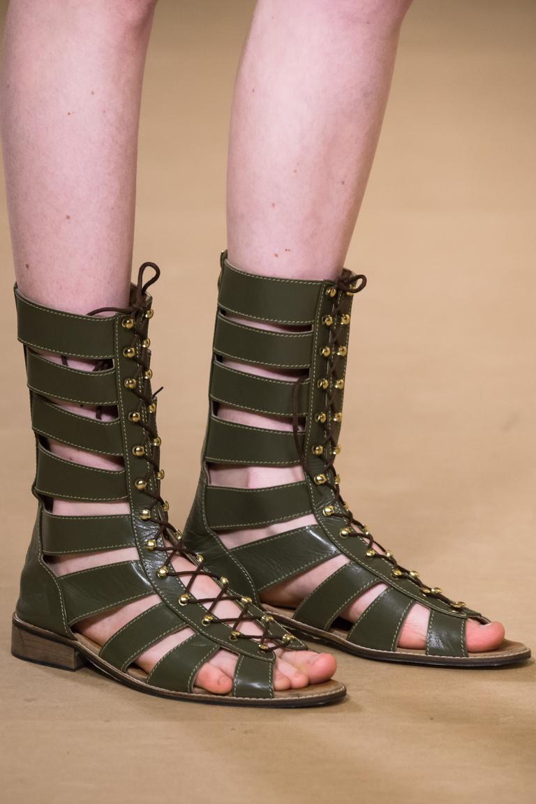 Модная обувь весна-лето 2016 - сандалии гладиаторы из коллекции A-La-Russe-Anastasia-Romantsova.