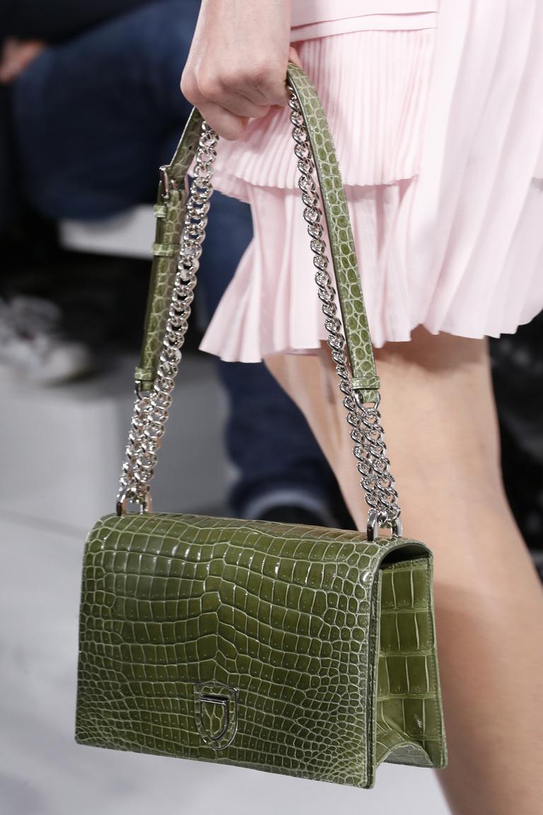Модные сумки весна – лето 2016 - сумка из коллекции Christian-Dior.