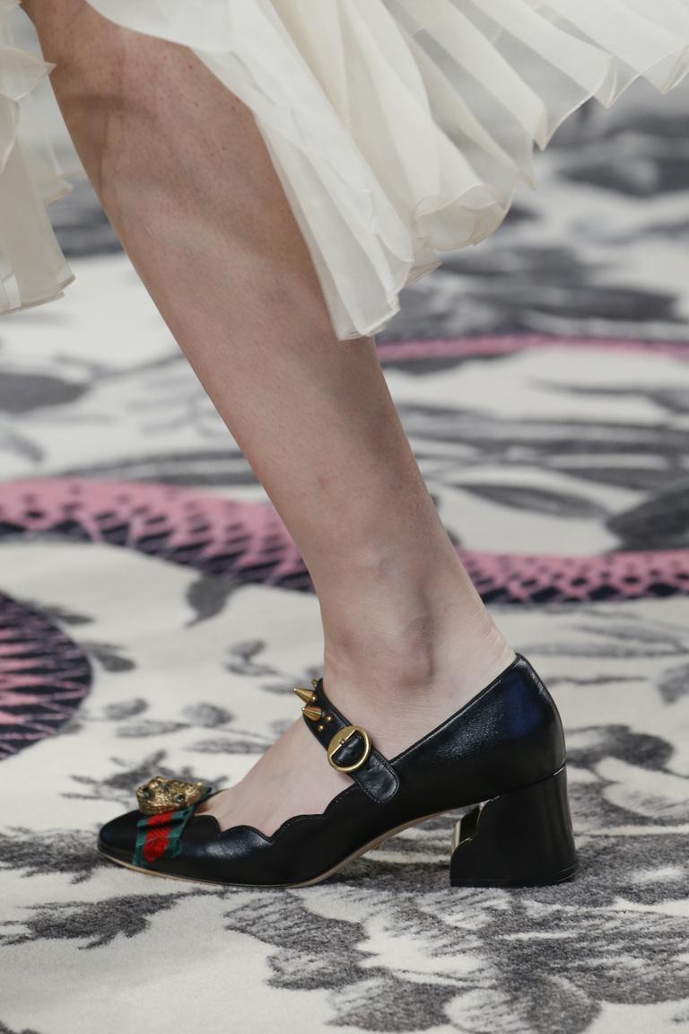 Модные туфли весна-лето 2016 - туфли на толстом каблуке из коллекции Gucci.