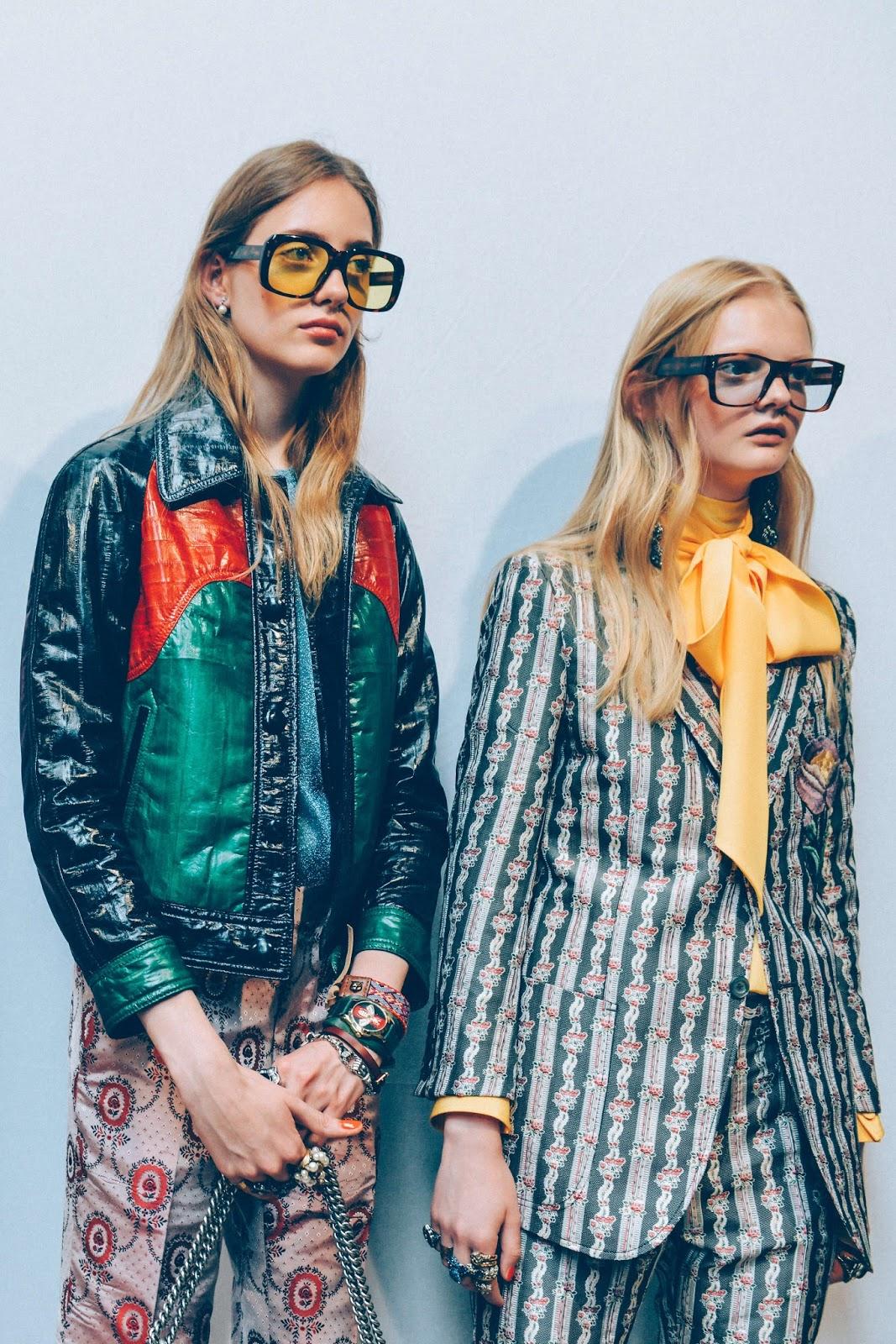Модный аксессуар 2016 - очки в массивных оправах.