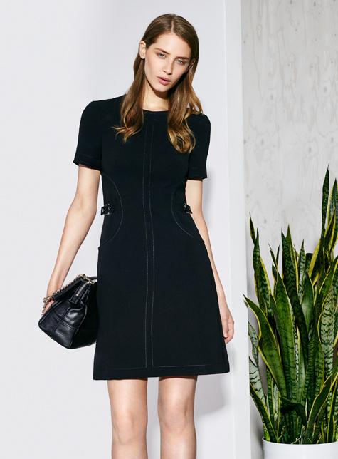 Новый модный LookBook весна-лето 2016 Karen Millen - черное малеькое платье платье.