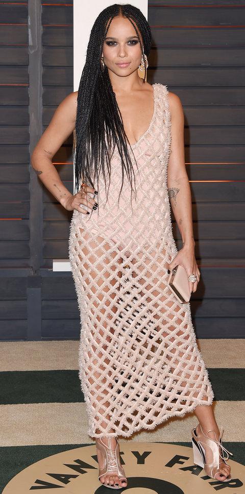 Стиль Зои Кравиц - платье сетка.